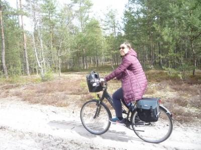 Co chwilami było utrudnione przez niemożność niektórych do oderwania się nawet na chwilę od roweru...
