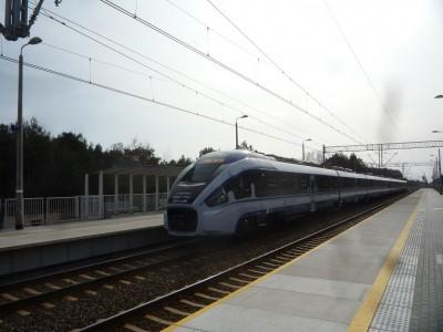 Linię obsługują nowe pociągi PKP Intercity - PESA.